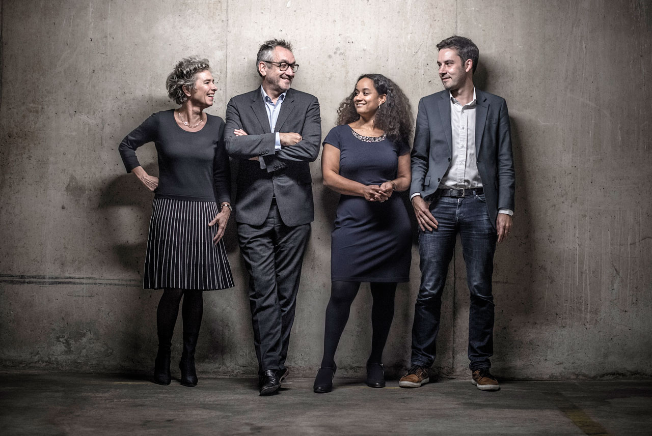De hoofdredactie van NRC: Marcella Breedeveld, Peter Vandermeersch, Elske Schouten en Stijn Bronzwaer
