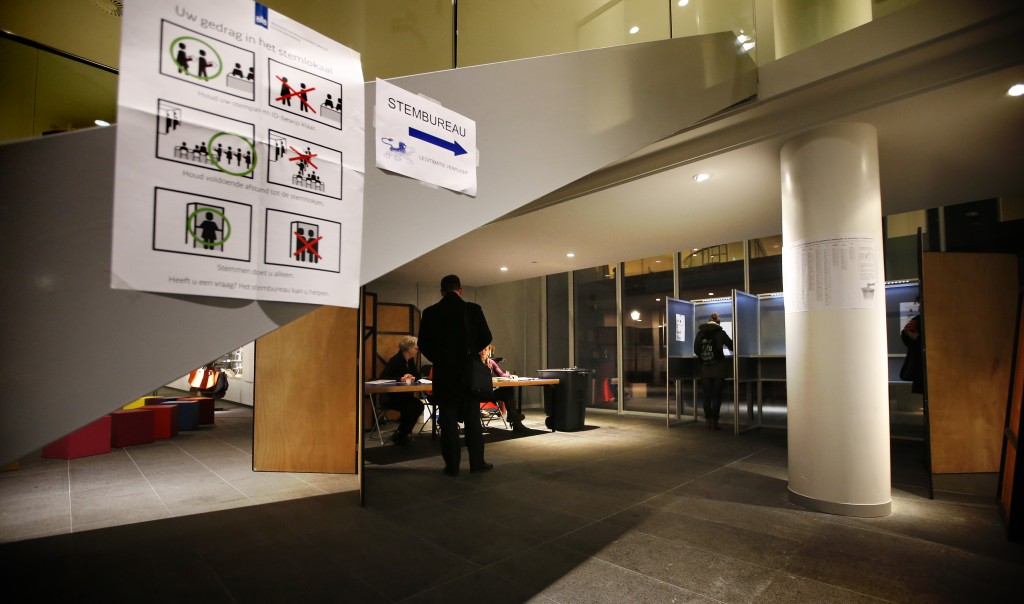 Stemmen in het Fries Museum in Leeuwarden.