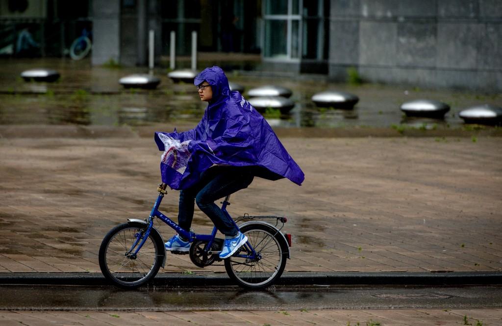 Gepaste fietskleding in Rotterdam.