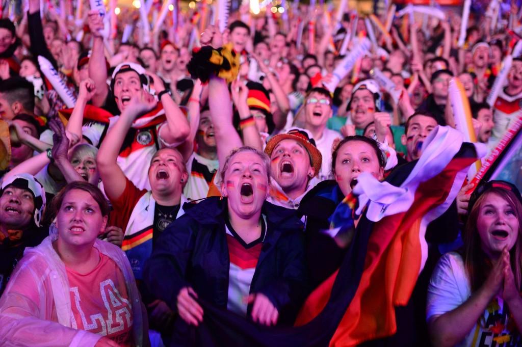 Intens blije fans in Berlijn.