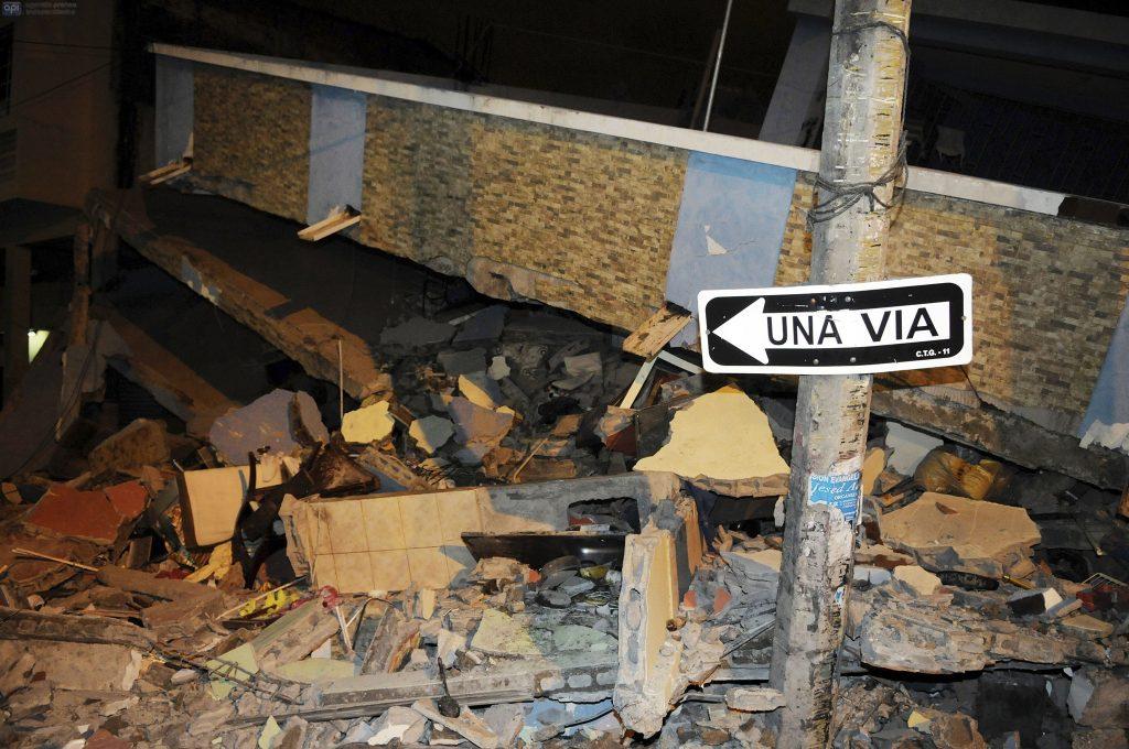 Verwoestingen in de stad Guayaquil.